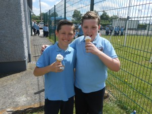 Also enjoying their ice-cream treat were Christopher and Emmet!