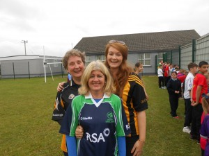 Ms. Carter, Niamh and Cecilia are all smiles on Jersey Day..with Kilkenny being well represented!